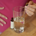 adding extract to water